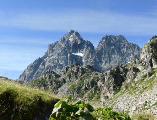 Al cospetto del Monviso, lungo il Sentiero Italia CAI